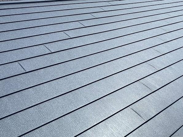 エスジーエル鋼板のスーパーガルテクトで葺き替えた屋根