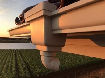 軒樋と集水器を連結