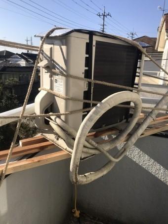 エアコンの室外機を施工場所から回避