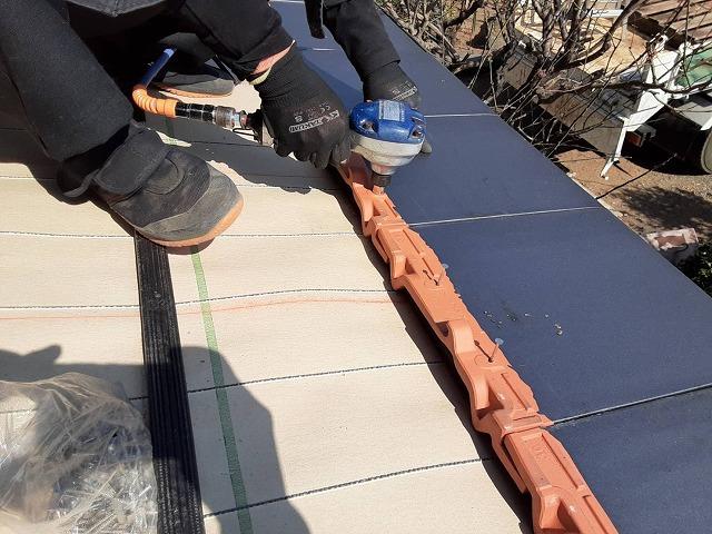 瓦屋根固定強化施工基準は軒先耐風釘でしっかり固定