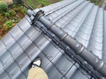 屋根修理前の状態の日立市の瓦屋根