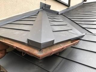 セメント瓦破損ガルバリウム鋼板屋根葺き替え