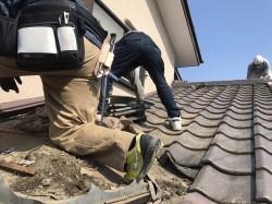 セメント瓦破損雨漏り屋根工事