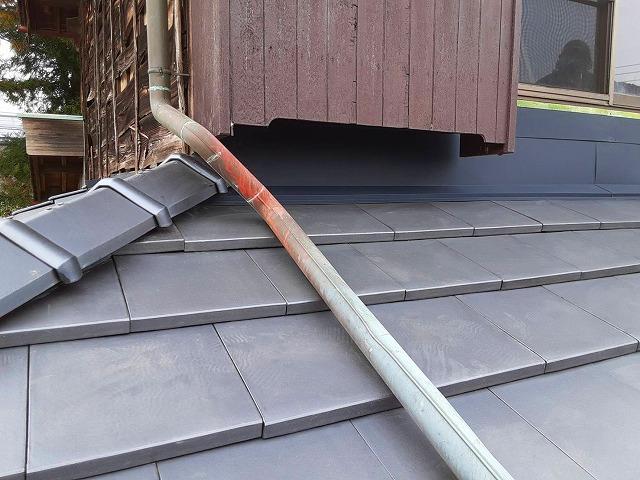 雨漏り防災瓦で屋根葺き替え