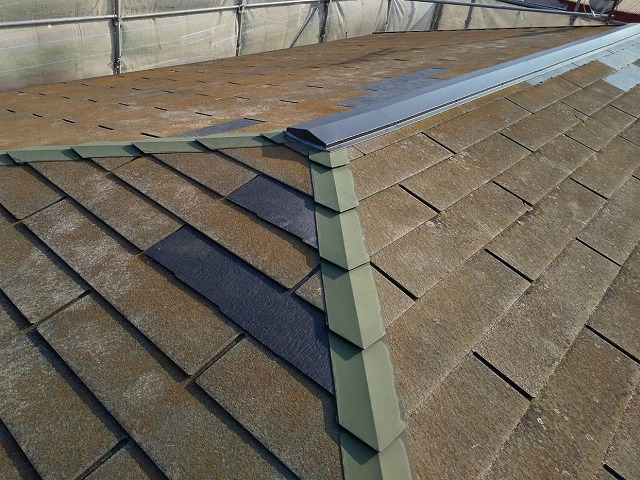 部分差し替えした水戸市内のコロニアルスレート屋根
