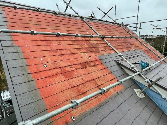 太陽光パネル撤去後に判明した、元々の屋根色