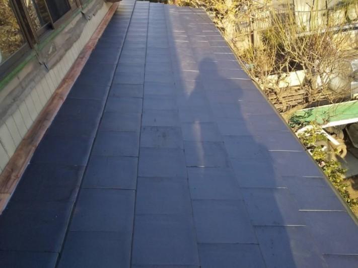 平部がほぼ葺き終わった、ひたちなか市の差し掛け屋根