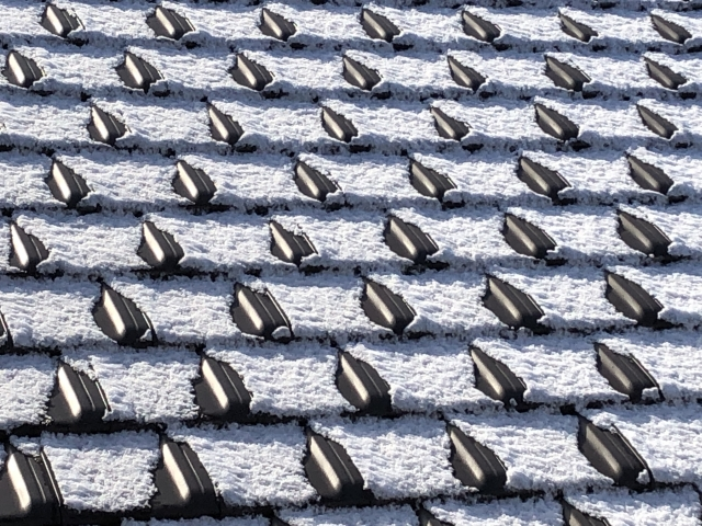 屋根に降った雪
