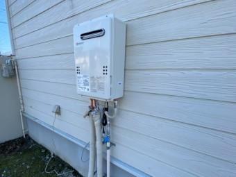 新しく新設した単機能式壁掛け給湯器