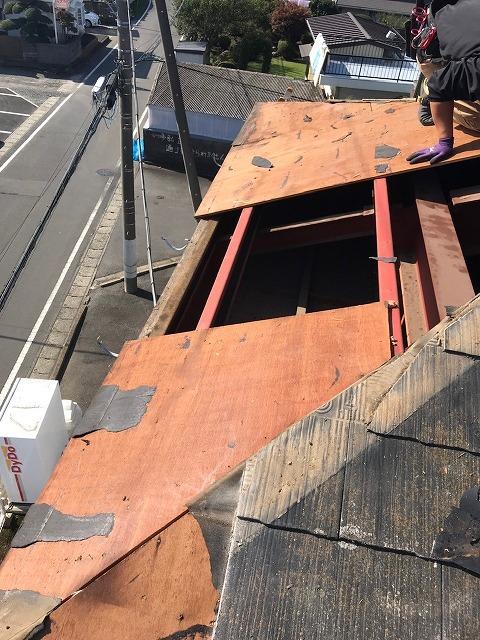 屋根下地剥がし2