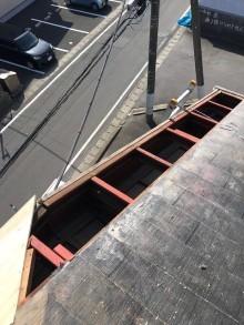 屋根下地剥がし