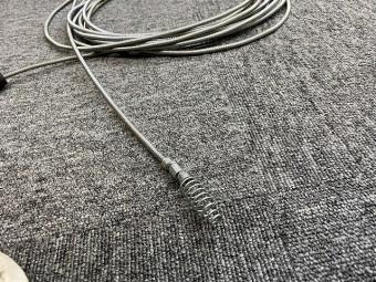詰まりを解消するワイヤーブラシの先端