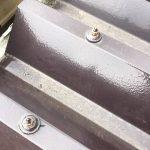 折板屋根ボルトに錆が出ている状態