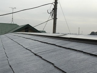 屋根補修後に遮熱塗料で屋根塗装を行ったひたちなか市の屋根