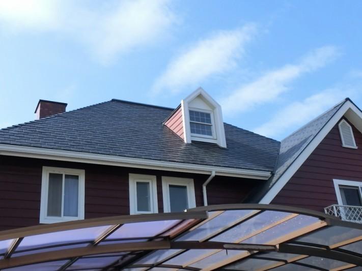 小美玉市で欧風調の立派なスレート屋根