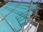 屋根カバー工事が完了した金属屋根