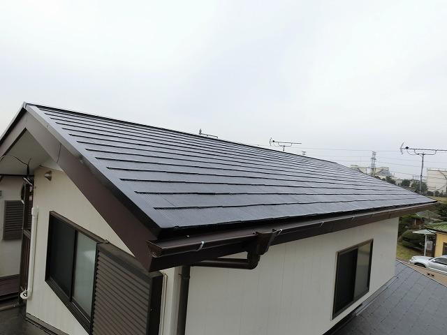 屋根リフォーム工事が完了してひたちなか市の屋根風景