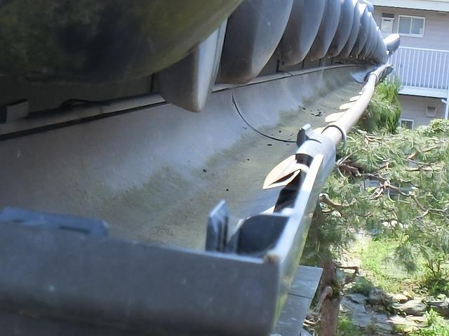 雨樋交換工事勾配不良の雨樋