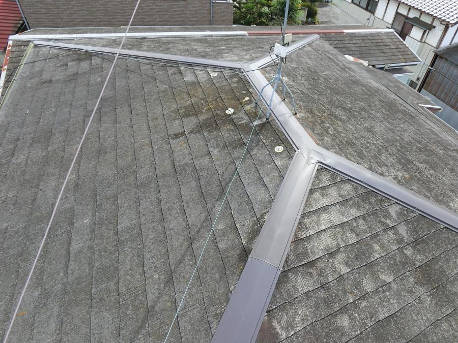 アスベスト含有スレート屋根材のイメージ画像