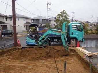 土間コンクリート掘削