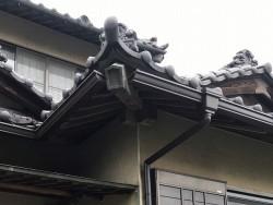 雨樋補修前の茨城町の雨樋