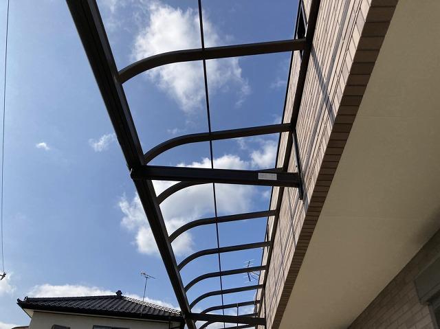 テラス屋根のパネルは全て取り終わりました