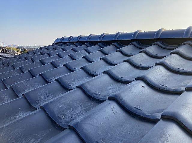 日立市の瓦屋根は棟の取り直しが完了です