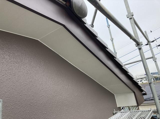 屋根工事後の水戸市の破風板と軒天