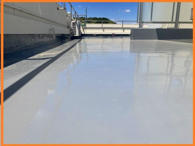 大きな屋上での防水工事が完了