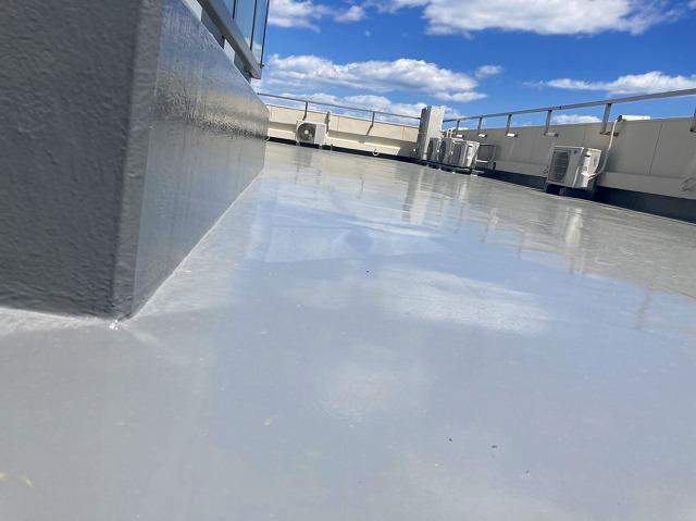 サラセーヌ密着SD工法で仕上げた屋上防水工事