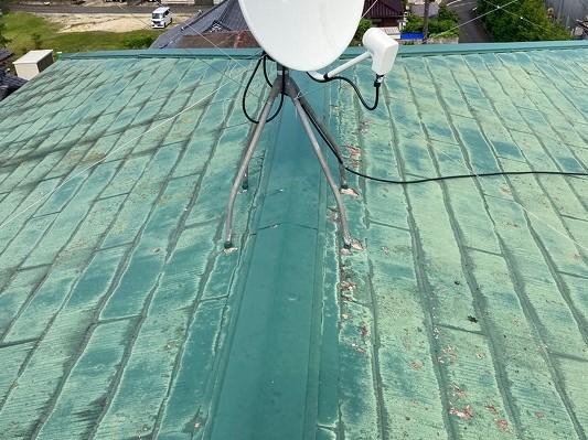 笠間市で屋根カバー工事の施工前の写真