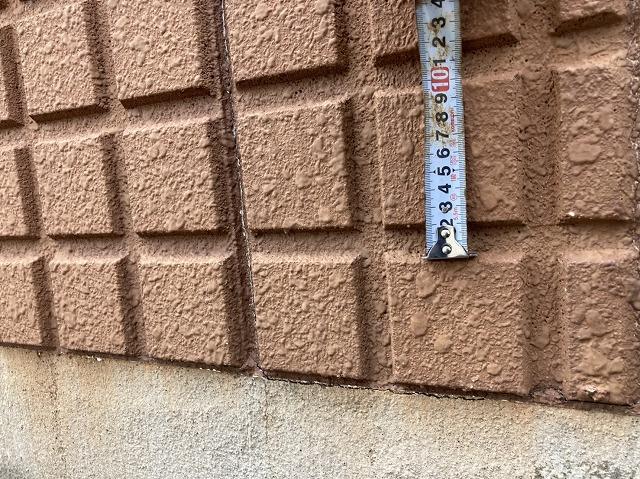 溝の深いALC外壁