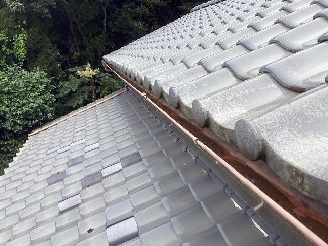 鹿嶋市でステンレス金具での雨樋交換と落ち葉除けネット設置依頼
