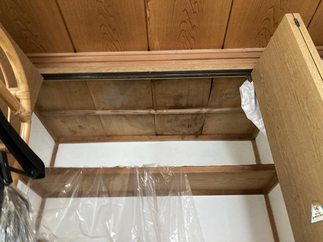押入れの天井材