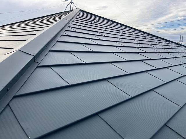 ガルバリウムカバー工事が完成した那珂市の屋根
