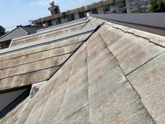 水戸市内のアパート屋根に付いているドーマー