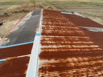 風よけのないトタン屋根
