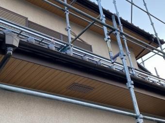 1階の軒天と鼻隠しの施工完了部