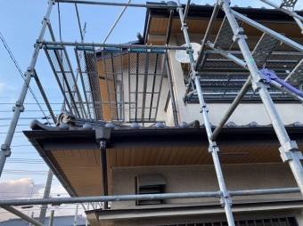 1階と2階部の施工完了部を南から撮影