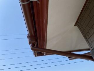 笠間市で強風にあおられ外れた呼び樋を修理したアフター画像