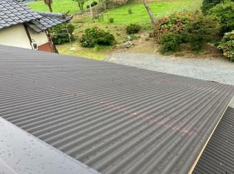 水戸市の波トタン屋根完成間近