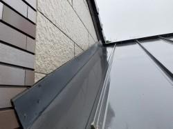 鹿嶋市でガルバリウム鋼板からの雨漏り調査