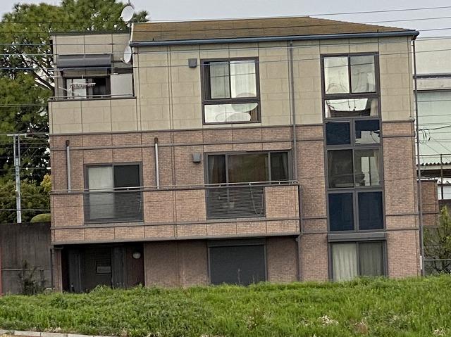 水戸市で屋根から異音がするとの調査依頼を頂いた3階建て住宅