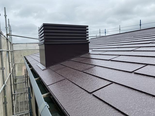 遮熱塗料を塗布し見事な出来栄えの水戸市内の屋根