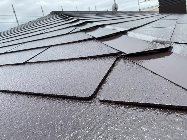 遮熱塗料を塗布した屋根の差し棟