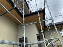 重ね張り施工が完了した水戸市内の軒天