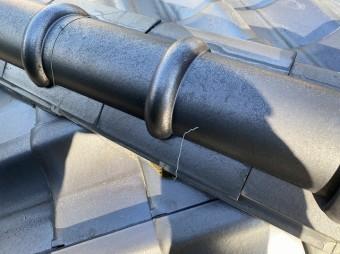 冠瓦に廻されている緊結線の破損