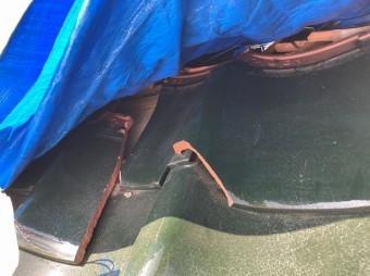 台風で破損した瀬戸瓦