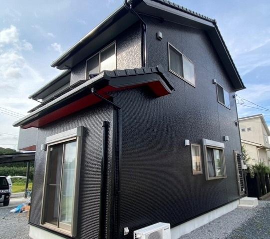 東南方向から撮影した茨城県近郊の塗装完了現場