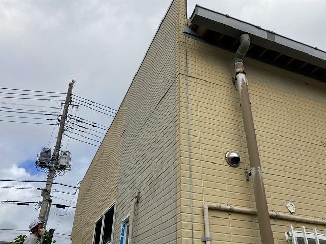 水戸市の店舗様雨漏り調査で分かった外壁段差